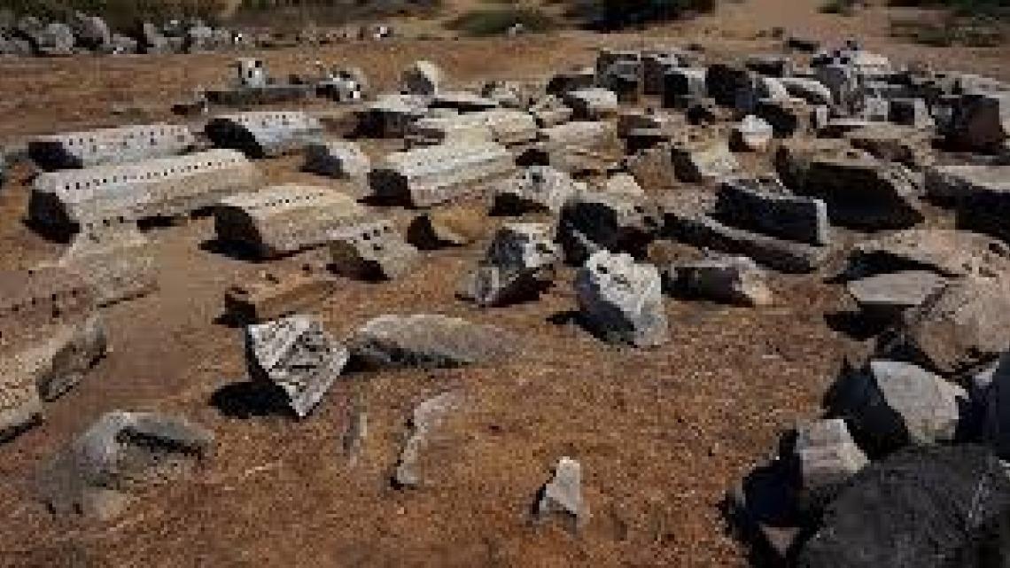 בין מקרא לארכיאולוגיה
